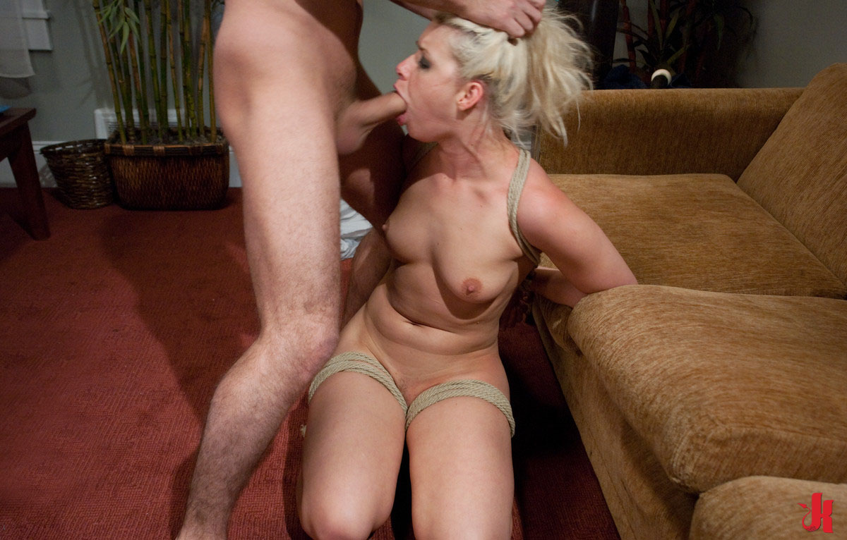 sexy-hair-pulling-sex-wife-nude-beach-couples