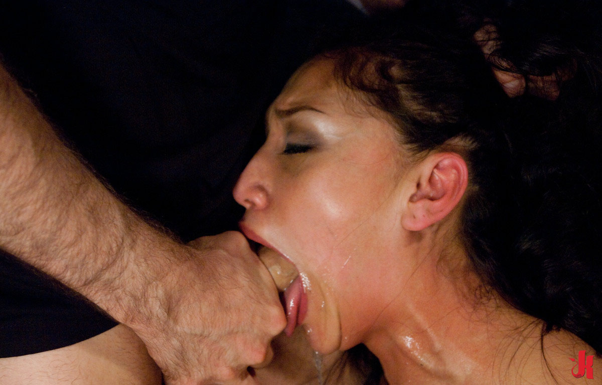 Deepthroat cum swallow slave